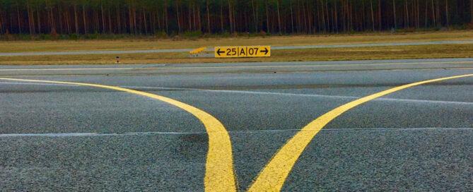 Eine Landebahn für Flugzeuge Cancel Reframing